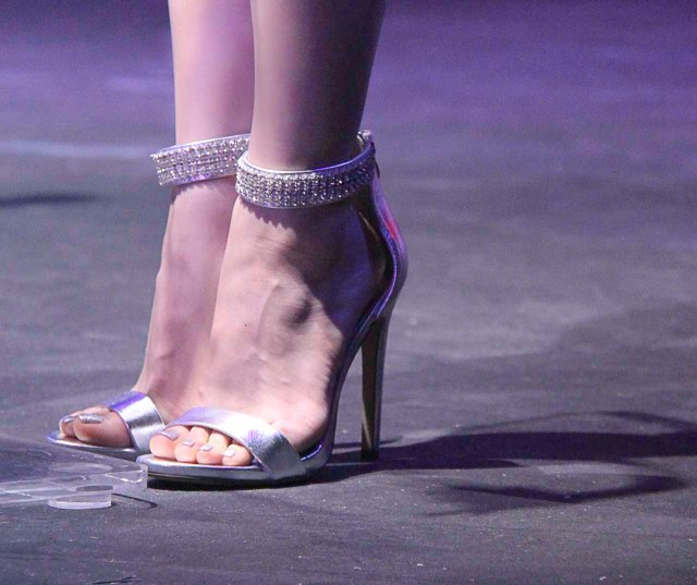 Dramafever 2013 Awards Street Qt Arden Cho Shoes-2