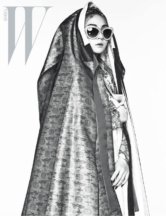 CL WKorea - b