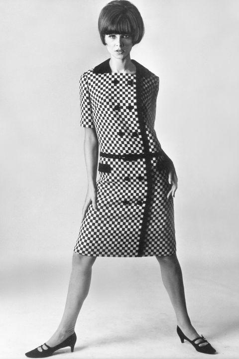 Hapars Bazaar Fashion Flashback 1965-2