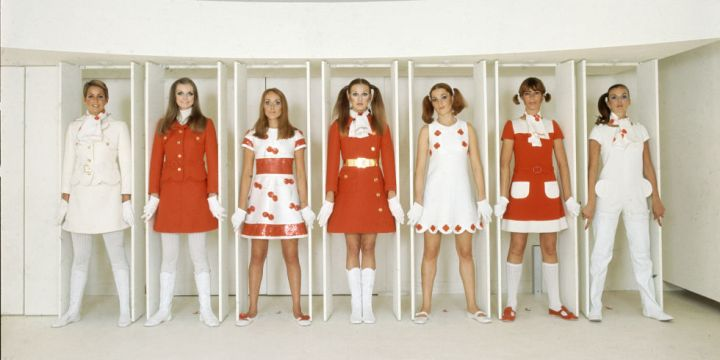 Hapars Bazaar Fashion Flashback-courreges-1968